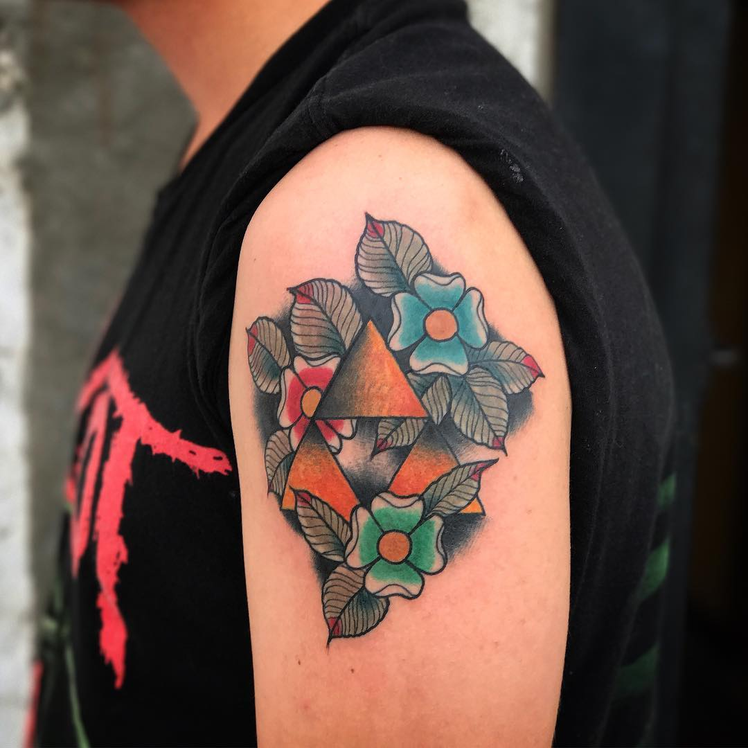 东先生大臂oldschool花纹身图案
